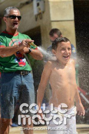 14-08-06-fiestas-de-estella-calle-mayor-comunicacion-y-publicidad-149