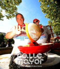 14-08-07-fiestas-de-estella-calle-mayor-comunicacion-y-publicidad-044