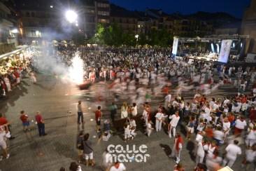 15-08-04-fiestas-de-estella-calle-mayor-comunicacion-y-publicidad-(102)
