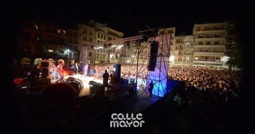 15-08-04-fiestas-de-estella-calle-mayor-comunicacion-y-publicidad-(143)