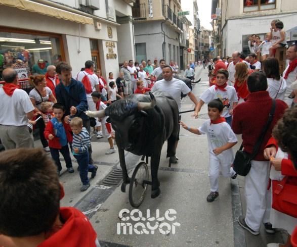15-08-04-fiestas-de-estella-calle-mayor-comunicacion-y-publicidad-(22)