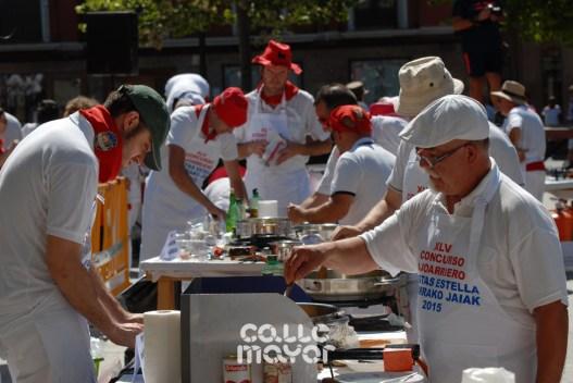 15-08-06-fiestas-de-estella-calle-mayor-comunicacion-y-publicidad- (53)