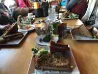 Die kleine tosti werd toch een megahap bij Eetcafé de Witte — bij Eetcafé de Witte.
