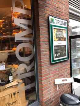 Langs Kaashuis Tromp Naaldwijk voor kaas en notenmix — bij Kaashuis Tromp Naaldwijk.