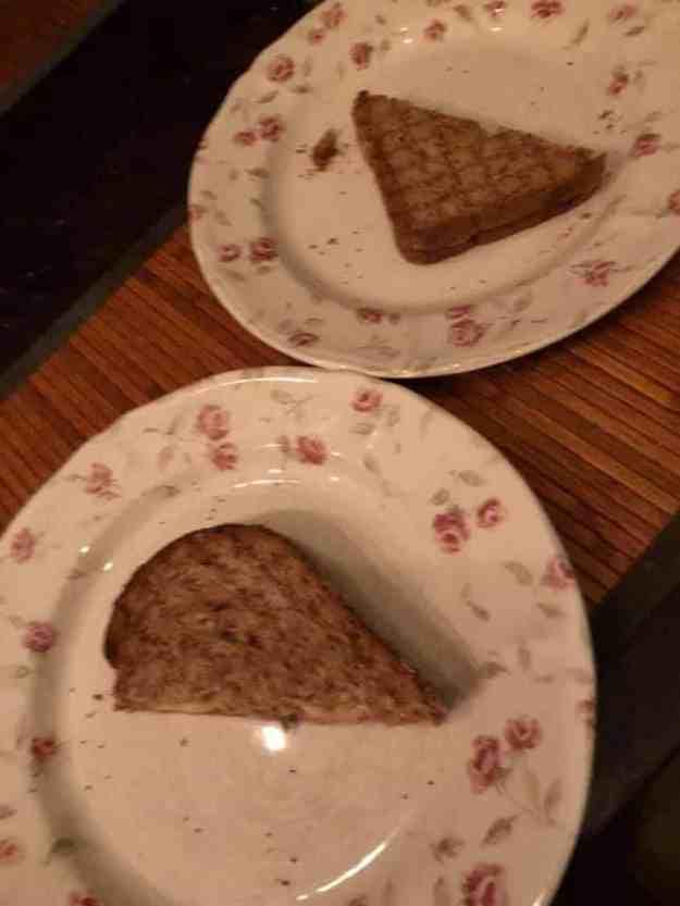Tosti van: - brood van Bakkerij Vreugdenhil - ham van Slagerij Björn van Koppen - kaas van Kaasmeester Richard — bij Fietsen voor m'n eten.