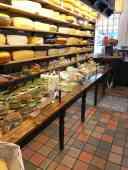Kaas, kaas en nog eens kaas bij Kaashandel 't Voorhuys — bij Kaashandel 't Voorhuys.