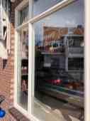 Even langs Slagerij De Bruin voor... notenmixen! — bij Slagerij De Bruin.