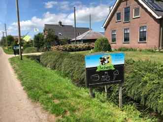 Even verderop weer een kaasboerderij: Kaasboerderij Schep — bij Kaasboerderij Schep.