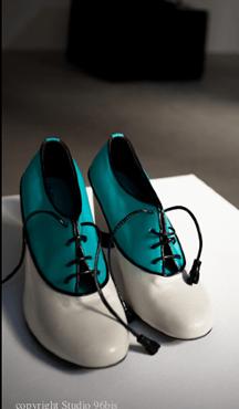 A la découverte des chaussures By Abigail   2011 06 05 11h45 00