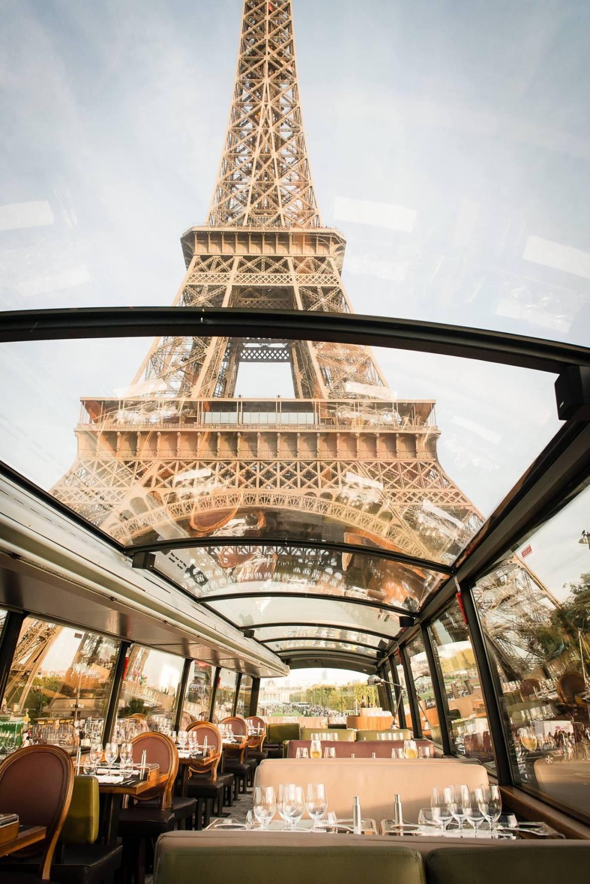 Le Bustronome : Paris version impérial   bustronome salle