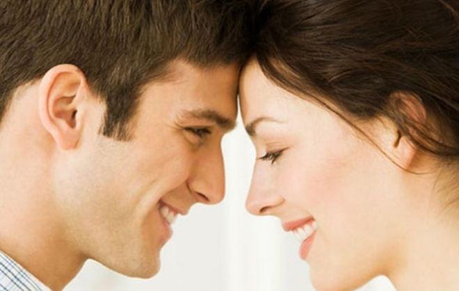 Read more about the article Οι φράσεις που φέρνουν τα ζευγάρια πιο κοντά