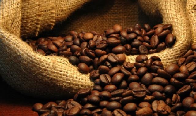 Καφές: Ποιο είδος είναι πιο υγιεινό, ποιο έχει περισσότερη καφεΐνη