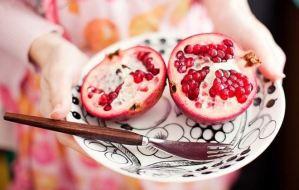 Read more about the article Το ρόδι κόβει την πείνα