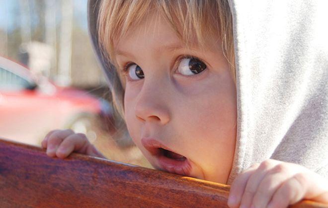 Βοηθήστε το ντροπαλό παιδί να γίνει πιο κοινωνικό
