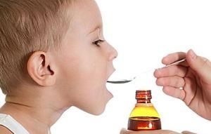 Γιατί είναι λάθος η χορήγηση φαρμάκων στα παιδιά με κουταλάκια κουζίνας