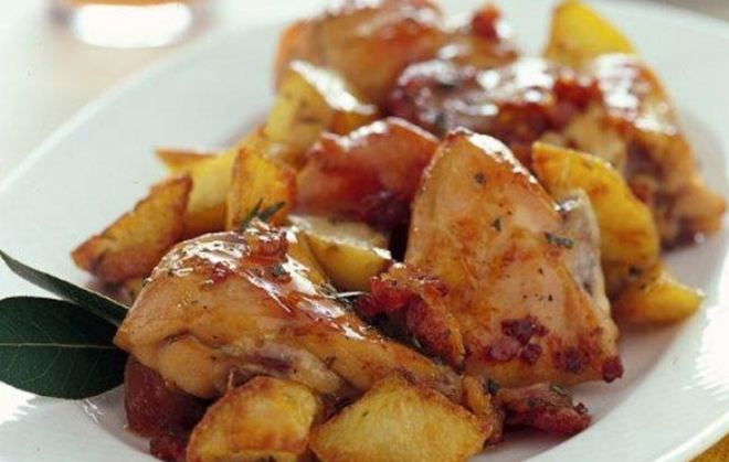 Κουνέλι λεμονάτο με πατάτες