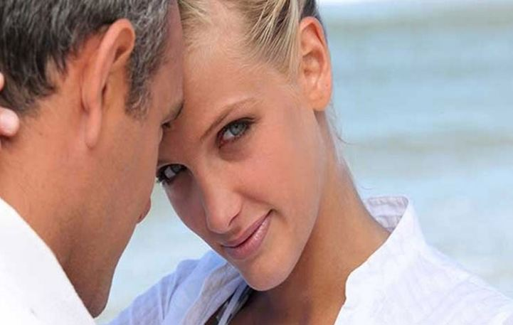 Read more about the article Γιατί οι γυναίκες ψάχνουν τον πατέρα τους στο σύντροφό τους