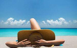 Read more about the article Οι πιο φυσικές θεραπείες για το κάψιμο από τον ήλιο