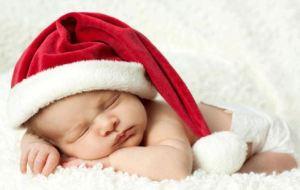 Τα πρώτα Χριστούγεννα με το μωρό σας