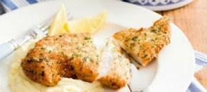 Σνίτσελ κοτόπουλου με πουρέ πατάτας