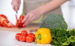 Ποια λαχανικά πρέπει να τρώμε ωμά και ποια μαγειρεμένα