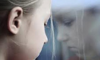 Ο καταθλιπτικός πατέρας «δημιουργεί» καταθλιπτικά παιδιά