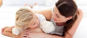 Ποιος είναι ο κατάλληλος τρόπος για να απαντάμε στα δύσκολα ερωτήματα των παιδιών μας;