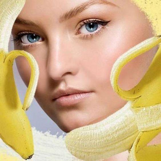 Peeling με μπανάνα και ζάχαρη.fiftififti.eu