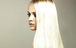 «Καθαρίστε» το ξανθό σας και διώξτε την κιτρινίλα