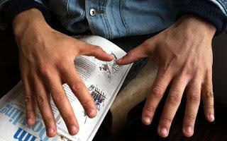 Read more about the article Τι λένε τα χέρια του άντρα για το πόσο καλός είναι στο κρεβaτι