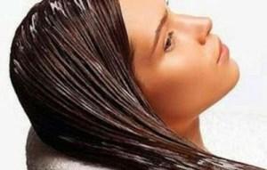 Read more about the article 4 φυσικές μάσκες για ταλαιπωρημένα μαλλιά