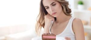 Η πρόωρη έναρξη της εφηβείας συνδέεται με αυξημένο κίνδυνο παχυσαρκίας στις γυναίκες