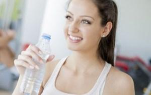 Οι επτά «χρυσοί» κανόνες για να βάλετε τέλος στην κατακράτηση υγρών -Τα «πρέπει» και τα «μη»