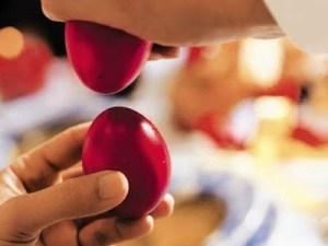 Εσύ ξέρεις γιατί τσουγγρίζουμε αυγά το Πάσχα; Δες τι ακριβώς συμβολίζει