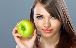 Τονωτική λοσιόν με πράσινο μήλο για λαμπερό πρόσωπο