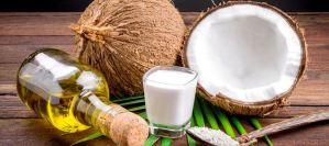 Γάλα καρύδας για λαμπερά και ίσια μαλλιά