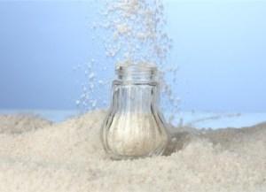 Τελικά πόσο αλάτι πρέπει να καταναλώνουμε