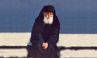 Read more about the article Άγιος Παΐσιος: Θα γίνει μεγάλο τράνταγμα…