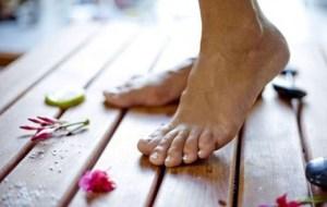 Read more about the article Μύκητες στα πόδια: Αντιμετώπιση με φυσικές θεραπείες