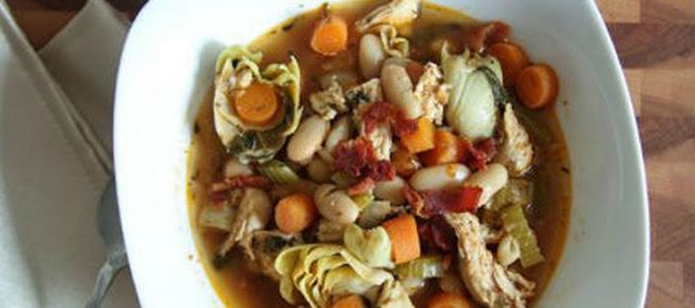 Αγκινάρες με κοτόπουλο, καρότα και φασόλια