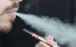Στοιχεία για τη χρήση του ηλεκτρονικού τσιγάρου στην Ελλάδα, δείχνει μεγάλη μελέτη που έγινε στη Αττική