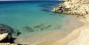 Μύκονος: 5+1 «μυστικές» και απόμερες παραλίες… που ελάχιστοι γνωρίζουν! (photos)
