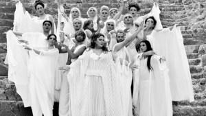 Ο Αλέξανδρος Ρήγας σκηνοθετεί τις Εκκλησιάζουσες του Αριστοφάνη