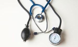 Έρευνα: Οι τιμές της πίεσης στα 50 «προβλέπουν» την άνοια