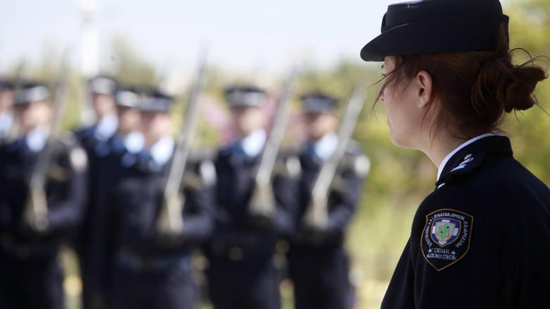 Read more about the article Θεσσαλονίκη: Κάθειρξη δέκα ετών σε αστυνομικό – Πλαστογράφησε το βαθμό απολυτηρίου Λυκείου