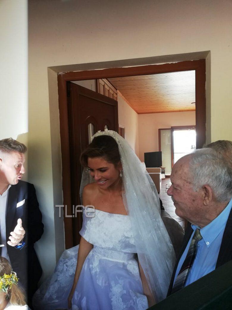 Μαρία Μενούνος – Keven Undergaro Ο γάμος τους στο Άκοβο Αρκαδίας!