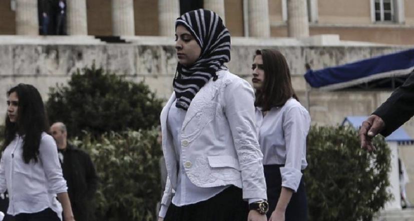 Read more about the article Έλληνες μαθητές απρόθυμοι να συμμετάσχουν στην παρέλαση για την επέτειο της 28ης Οκτωβρίου