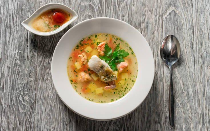 Ψαρόσουπα λεμονάτη