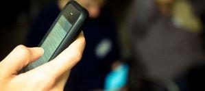 Τα κινητά προκαλούν αλλεργίες