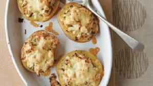Πατάτες γεμιστές με μανιτάρια και τυρί